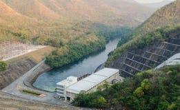 Srinakarin水坝在北碧 图库摄影