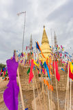 Sriwiengchai pagod på Wat Phra Bat Huai Tom Arkivfoton