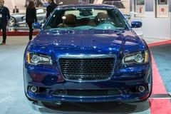 300 SRT-de auto op vertoning bij La Auto toont. Stock Fotografie