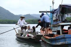 Srta. Tourism Queen Thailand 2017 del viaje de la excursión que acampa Imágenes de archivo libres de regalías