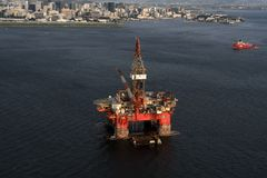 SS77石油平台 免版税库存照片