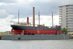 Ss-rödhake i torr skeppsdocka Royaltyfri Foto