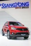 从Ssangyong在第35个曼谷国际汽车展示会,在驱动的概念秀丽的新的红色Korando 2014年3月27日在轰隆 库存图片
