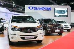 从Ssangyong在第35个曼谷国际汽车展示会,在驱动的概念秀丽的新的Stavic 2014年3月27日在曼谷, 库存图片