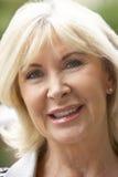 Ssenior Frauen-Portrait-Lächeln Lizenzfreie Stockfotos