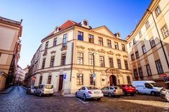 Stà na cidade velha de Praga, República Checa do› do mÄ do ¡ do nà do nské do ¡ de Marian Square Marià fotos de stock royalty free