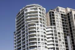 Städtische Gebäude-Fassade Lizenzfreies Stockfoto