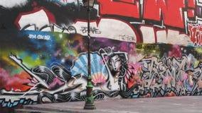 Städtische Kunst in den Pariser Straßen Stockfotografie
