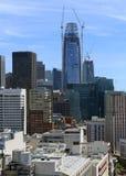 Städtische Stadtbildszene mit fest verpackten Gebäuden und Wolkenkratzern in San Francisco eine Stadt gelegen auf dem Ring des Fe Lizenzfreie Stockfotos