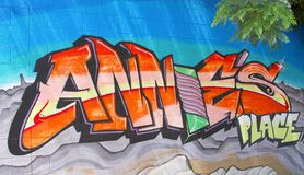 Städtische Straßenkunstgraffiti in Alice Springs, Australien Stockbild