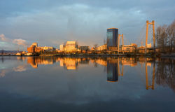 Städtischer Morgen lizenzfreie stockbilder