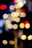 Städtisches Stadtnachtlicht bokeh Stockfotografie