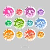 Ställ in av abstrakta färgrika runda försäljningsklistermärkear stock illustrationer
