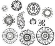 Ställ in av curcular mandalas och paisley Mehndi design royaltyfri illustrationer