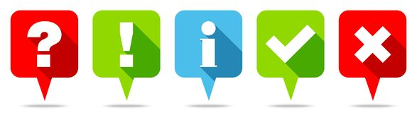 Ställ in av fem blått för gräsplan för anförandebubblaCheckmarks röda vektor illustrationer