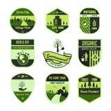 Ställ in av gräsplan, bladet, miljö, världsdag, emblem eller emblem i isolerad vektor royaltyfri illustrationer