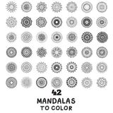 Ställ in av handgjord mandalamodell stock illustrationer