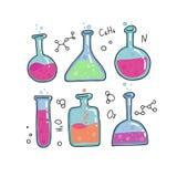Ställ in av 6 kemiprovrör, flaskavektor skisserade skissar Utbildning och vetenskap isolerad illustration i den tunna linjen färg royaltyfri illustrationer