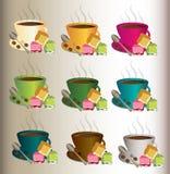 Ställ in av nio koppar kaffe med skeden och ratluk royaltyfri bild