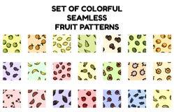 Ställ in av sömlösa modeller för färgrik frukt Plan designsamling av bakgrundstexturtegelplattor vektor illustrationer
