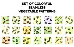 Ställ in av sömlösa modeller för färgrika grönsaker Plan designsamling av bakgrundstexturtegelplattor stock illustrationer