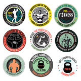 Ställ in bodybuilding- och konditionidrottshalllogoer, emblem och designbeståndsdelar Arkivbild