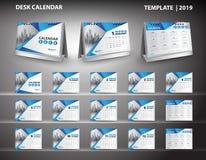 Ställ in vektorn 2019 för designen för mallen för skrivbordkalendern och skrivbordkalendern Arkivbilder