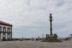 Ställa vid skampålen av Porto Royaltyfri Fotografi