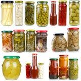 ställde glass jars in för olika frukter vegetablesin Fotografering för Bildbyråer