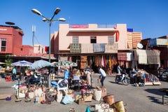 Ställe in den souks von Marrakesch Stockbild