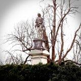 Ställe för jordfästning för monumentfrankfurterkorvkyrkogård av Daniel Boone royaltyfri bild