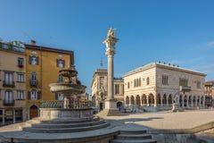 Ställe Liberta med loggian av Leon i Udine Royaltyfria Bilder
