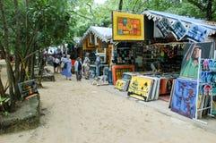 Ställe mit bunten Andenken bei Sosua, Dominikanische Republik lizenzfreie stockfotografie