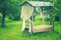 Stället för vilar i trädgården Royaltyfri Bild