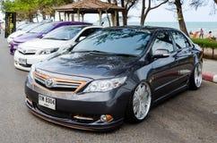 Stämd bil Toyota Corolla Altis royaltyfria bilder