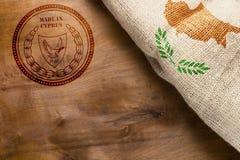 Stämpel- och Cypern flagga Arkivfoto