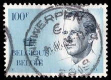 Stämpeln som skrivs ut i Belgien shower, avbildar ståenden Albert II royaltyfri fotografi