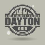 Stämpla eller etiketten med text Dayton, Ohio inom stock illustrationer