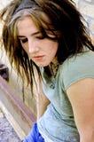 stäng ner flickan som ser tonårs- Royaltyfria Bilder