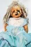 Stäng sig av läskigt behandla som ett barn upp - dockan av halloween Royaltyfria Foton