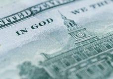 Stäng sig upp av 100 dollar räkning i USA-valuta Royaltyfri Bild
