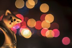 Stäng sig upp av en leksak av jul med färgrika ljus royaltyfria foton