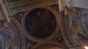 Stäng sig upp av kupolen, kyrka av St Ignatius av Loyola, universitetsområdet Martius Arkivbild