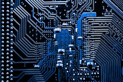 Stäng sig upp av strömkretsar som är elektroniska på brädet för logik för bakgrund för den Mainboard teknologidatoren, CPU-moderk Arkivbilder