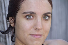 Stäng sig upp av ung kvinna Royaltyfri Fotografi