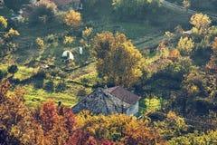 Stäng sig upp fotoet av den säsongsbetonade lantliga platsen, retro fotofilter Royaltyfri Foto