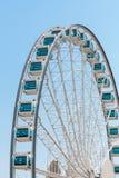Stäng sig upp jätten Ferris Wheel i Hong Kong nära Victoria Harbor Royaltyfri Foto