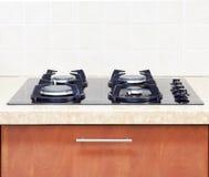 Stäng sig upp modernt kök för gasHob Royaltyfri Fotografi
