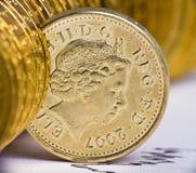 Stäng sig upp sikt av brittisk valuta Royaltyfria Bilder