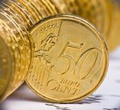 Stäng sig upp sikt av europeisk valuta Arkivfoto
